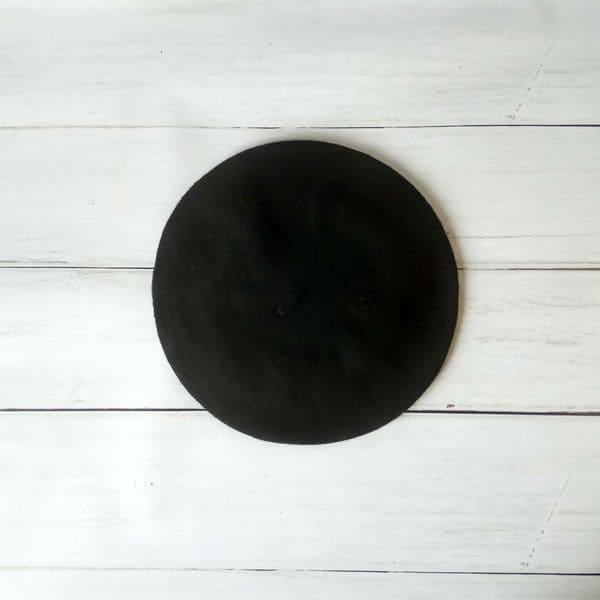 Женский шерстяной теплый берет - черный