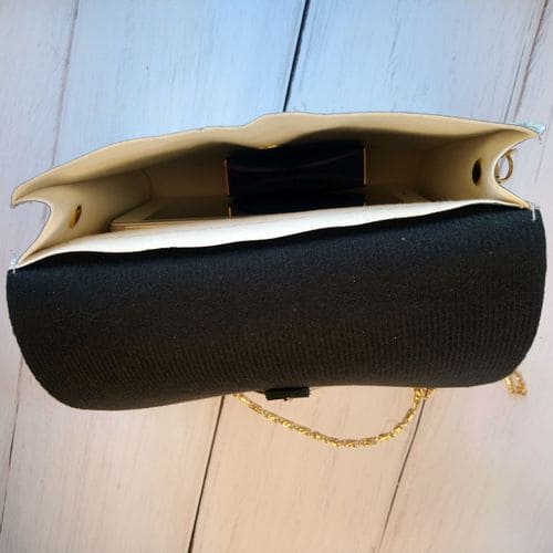Женский голографический клатч на цепочке