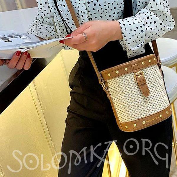 Солом'яна сумка бочонок