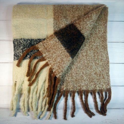 Теплый длинный шарф - кофейный