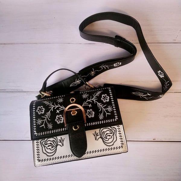 Модная женская сумка с цветочным узором