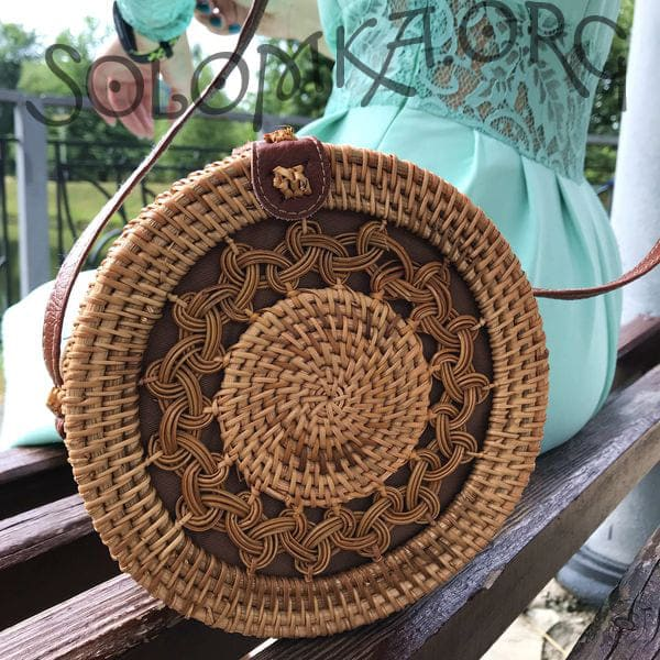 Cylindrical rattan bag