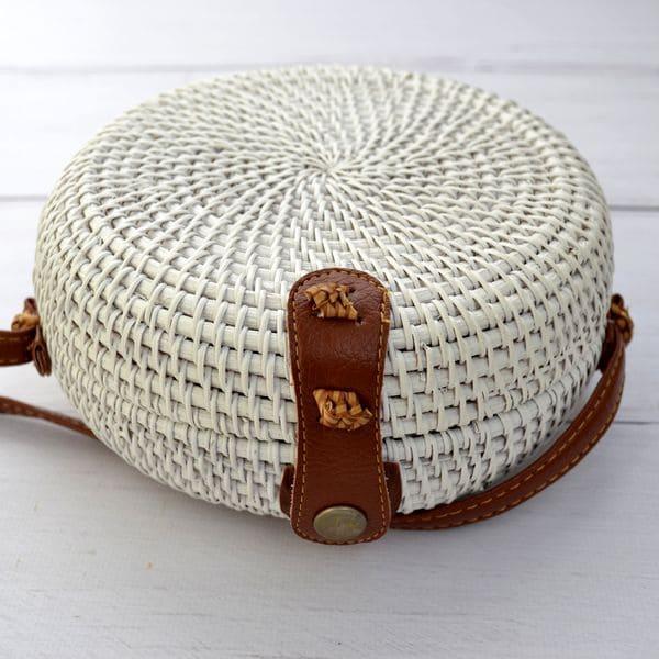 Белая сумка из ротанга ручной работы 18x8 см