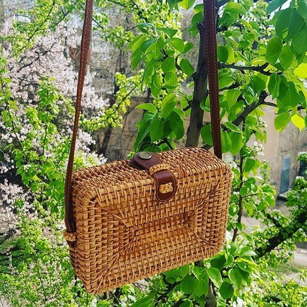 Квадратна сумочка з ротанга, плетена в стилі Вінтаж Ретро