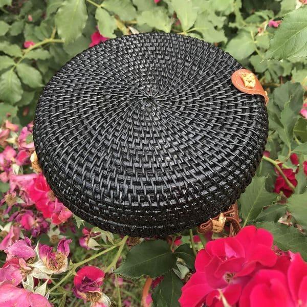 Літня плетена з лози ротанга сумка чорна