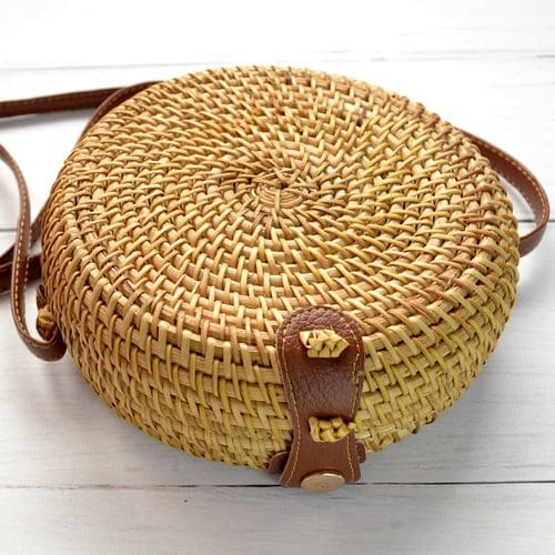French forest style, round little wicker rattan bag without pattern