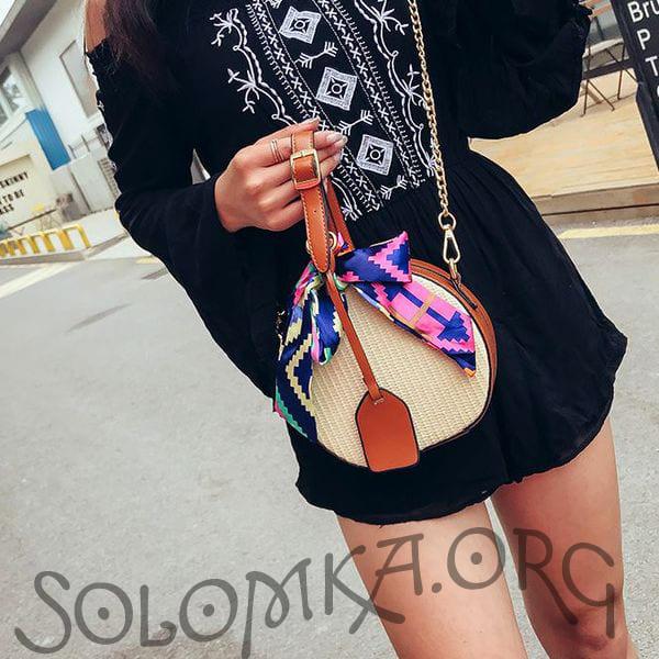Летняя круглая женская соломенная сумочка с бантиком