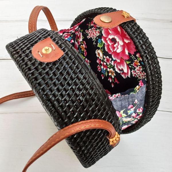 Чорна кругла плетена сумка з ротанга в богемному стилі 20x8 см