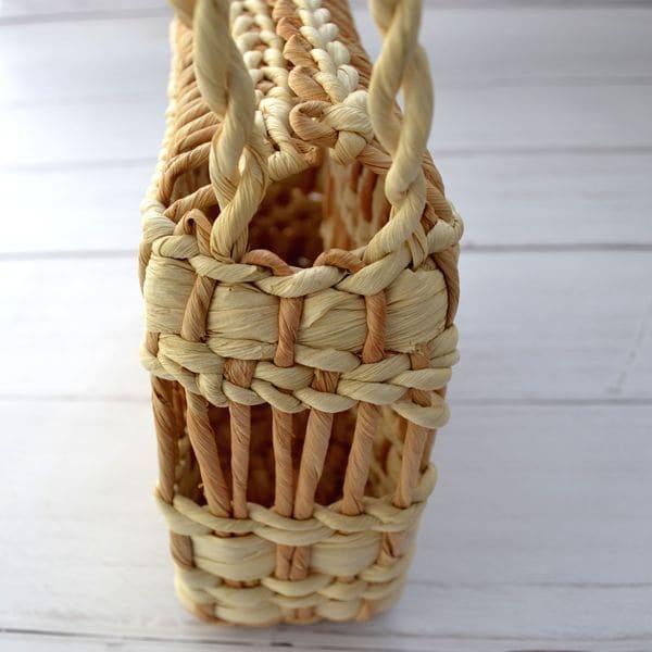 Плетена сумочка з кукурудзяного листя