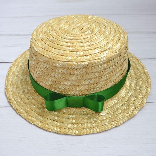 Солом'яний капелюх канотье із зеленою стрічкою
