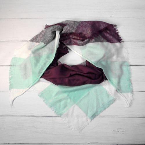 Шарфик плед треугольный в клетку фиолетово-бирюзовый