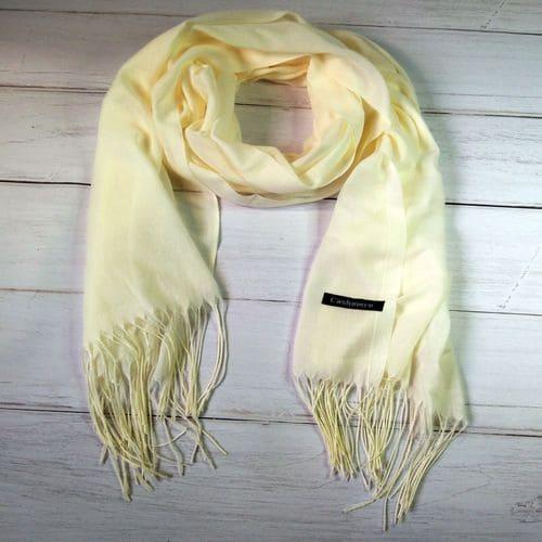 Кашемировый шарфик шаль с кисточками бежевый